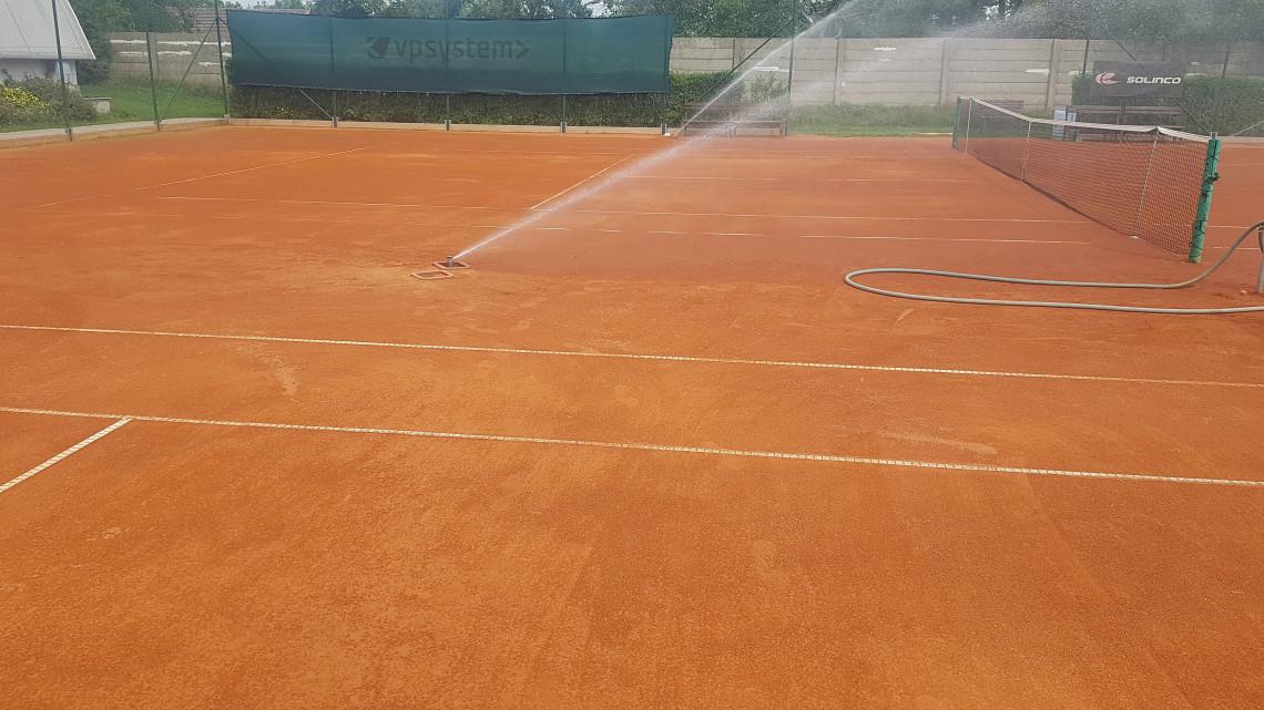 AZS PLZEŇ závlaha tenisových kurtů